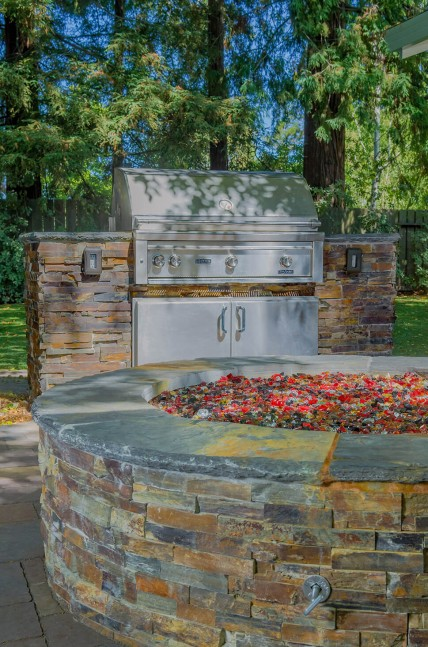 Outdoor firepit and BBQ in Danville, CA backyard design