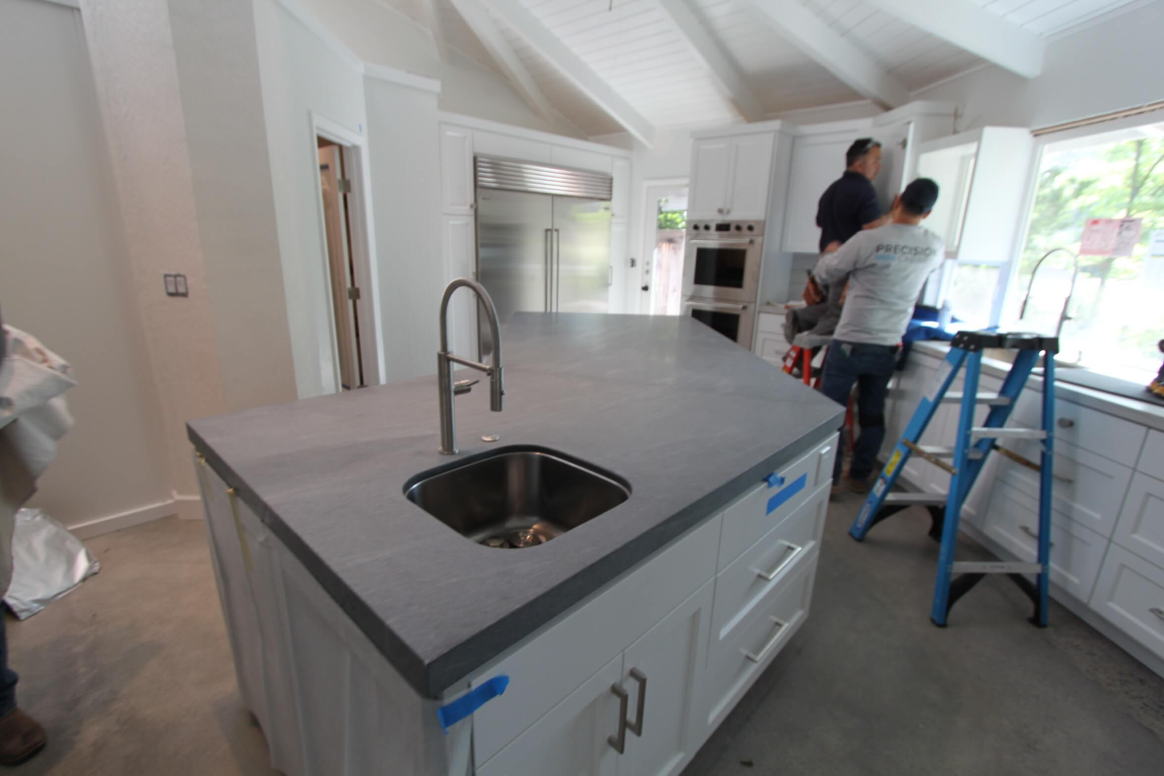 alamo_island-sink_kitchen.jpg