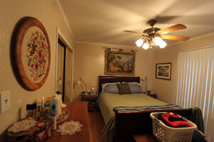 beforewilcoxbedroom_300x200.jpg