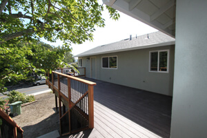 f_new-backyard-deck_300x200.jpg