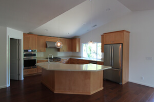 f_new-open-and-modern-kitchen_300x200.jpg