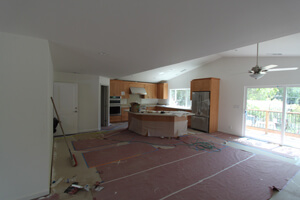 fs-kitchen-cabinets-appliances-new-countertops-are-intalled_300x200.jpg