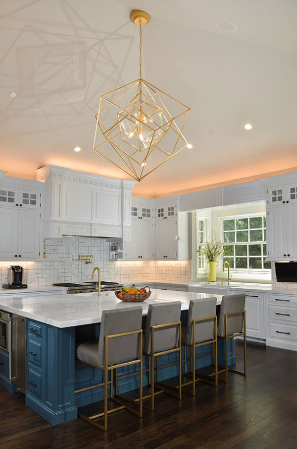 gayler-design-build-kitchen-large-chandelier-w.jpg