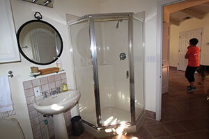 interior-remodel-alamo-ca_hall-bath-before-w.jpg