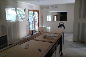 kitchen-island-with-counter_300x200.jpg