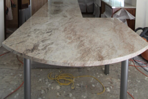new-kitchen-countertops-are-installed_300x200..jpg