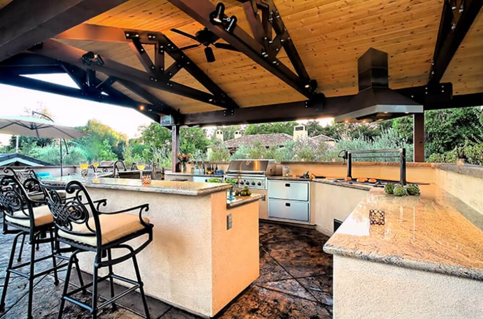 outdoor-kitchen-by-gayler-design-build.jpg